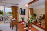 Family_Suite_With_Private_Pool_and_Sea_Views_0007
