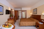 Family_Suite_With_Private_Pool_and_Sea_Views_0008