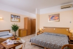 Junior_Suite_With_Sea_Front_View_0004
